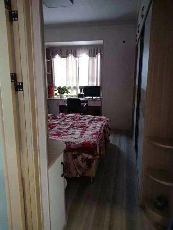 滨江一号带庭院大4房2厅2卫